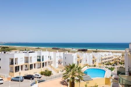 Apartamento con vistas panorámicas al mar - Apartamento