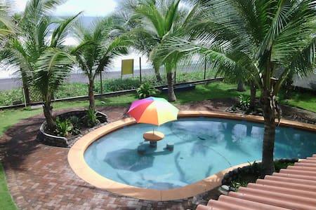 Guatemalan Oceanfront Paradise - House