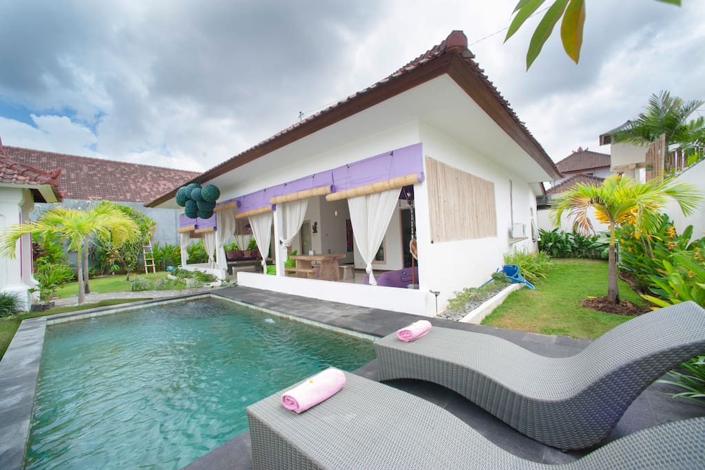 Villa with private pool and exotic garden
