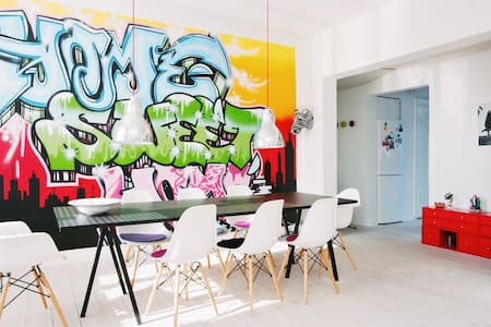 Bright and beautiful Cph apartment