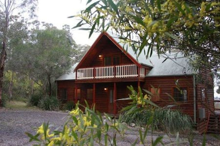 Wallaroo Spa Lodge, Eaglereach - Vacy - Hus