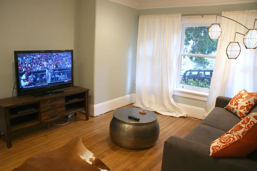 Living room with 42 inch HD TV. HBO, Showtime and all MLB games included.