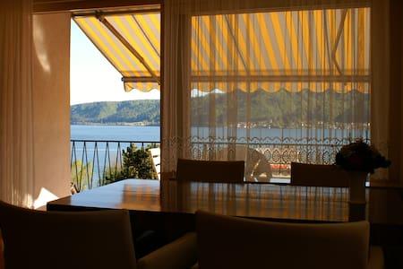 Wunderschöne Wohnung mit Seeblick - Appartement