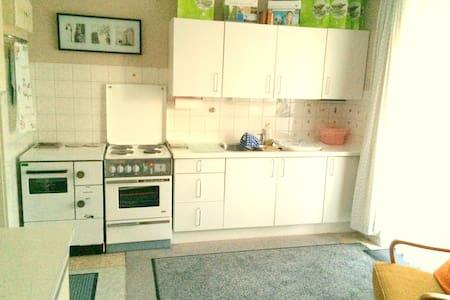 Ländliche Wohnung mit altem Charme - Apartament
