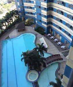 Condo Unit For Rent (Vito Cruz Manila) - Manila - Appartement