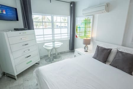 "Studio ""G"" 2 min to Beach &Ocean Dr - Miami Beach - Condominium"