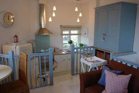 Bright 1 Bedroom Barn Conversion - Devon - Huis