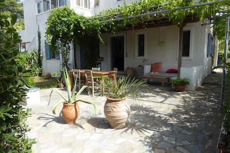 Bel appartement  près de la mer - Kria Vrisi - Apartment