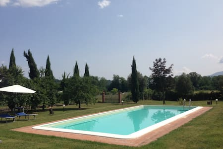 Villa Adriana with swimming pool - Capannori