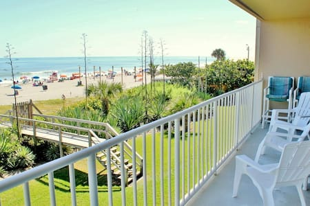 Direct Oceanfront Condo - Boardwalk - Lakás