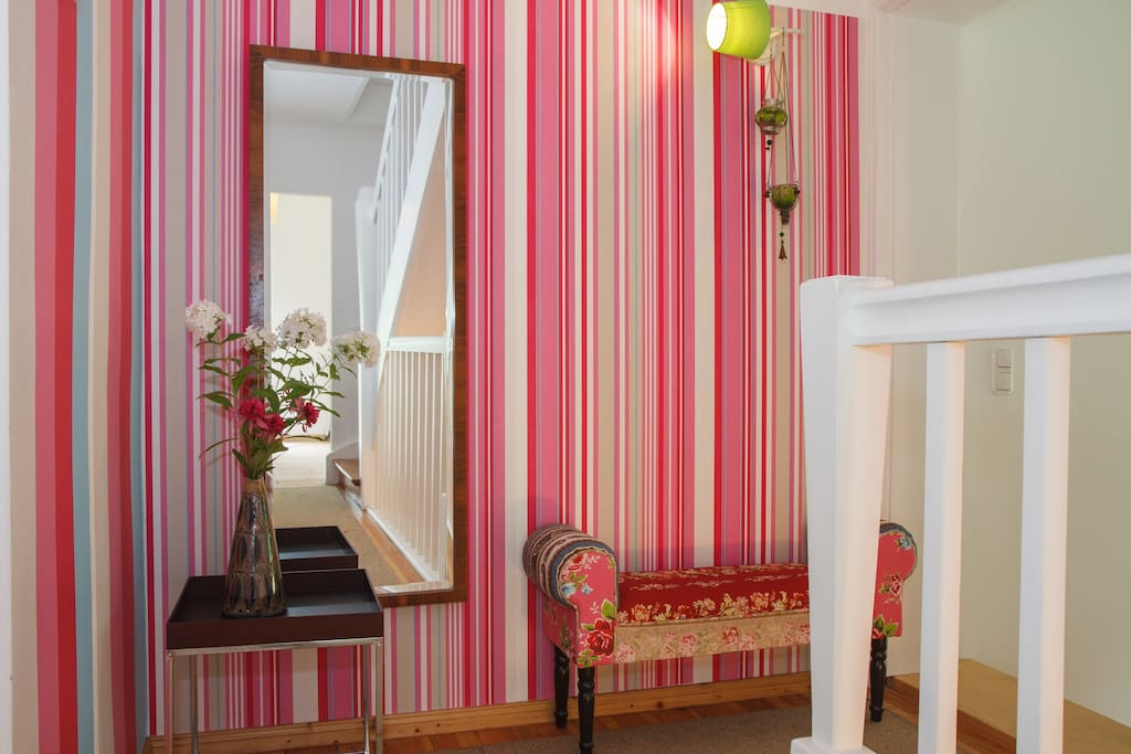for women: rooms in sunny cottage