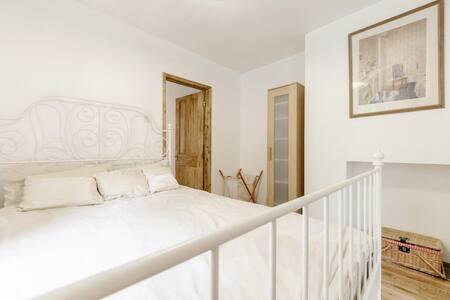 Heart of Wimbledon Garden Apartment
