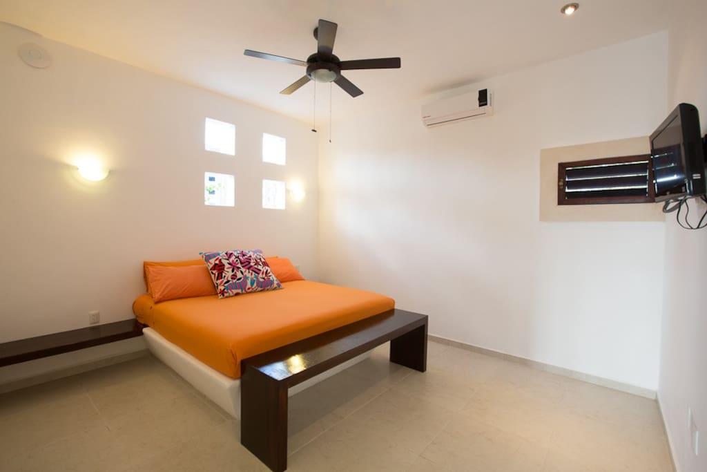 Canela's bedroom