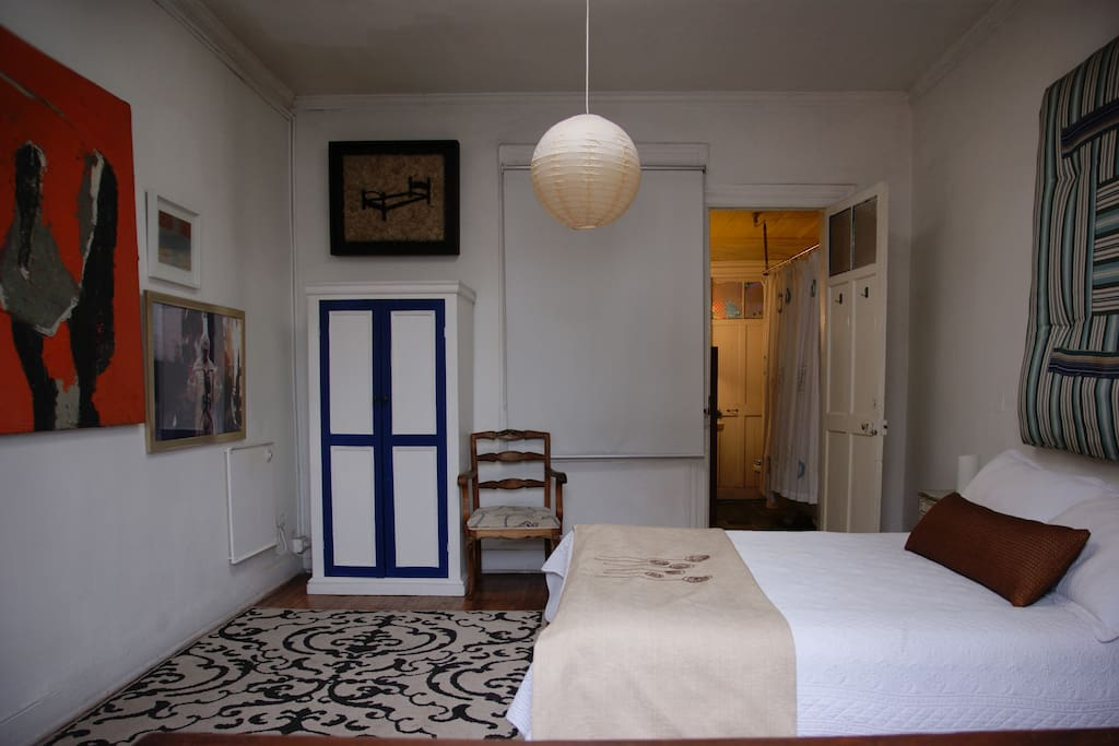Room Klimt. Double bed in suite