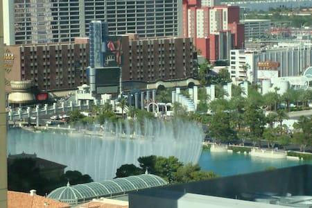 Vdara suite(Bellagio fountain view) - 拉斯維加斯