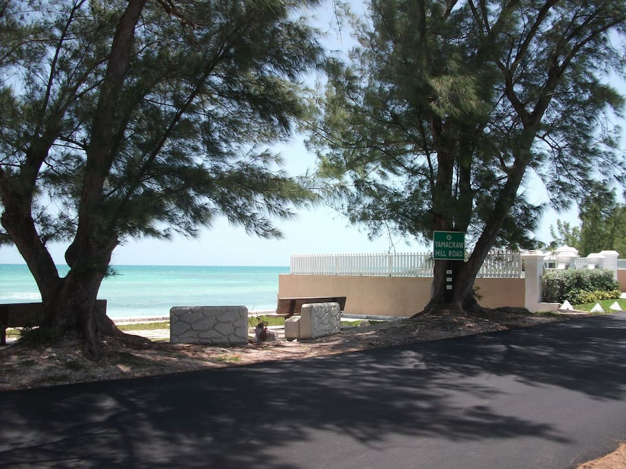 Benches at Yamacraw Beach