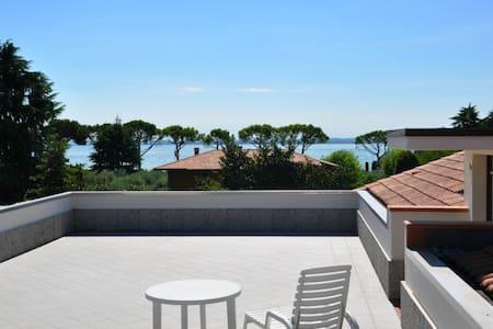 GardaSeeNow | The Attic Lake Garda - Padenghe Sul Garda