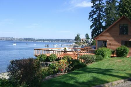 the Beach House on Fox Island (WA)