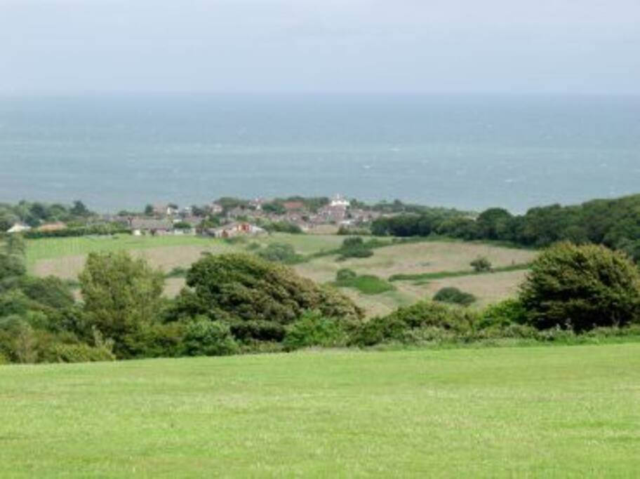 Situated 5 minutes from the campsite and Fairlight country park