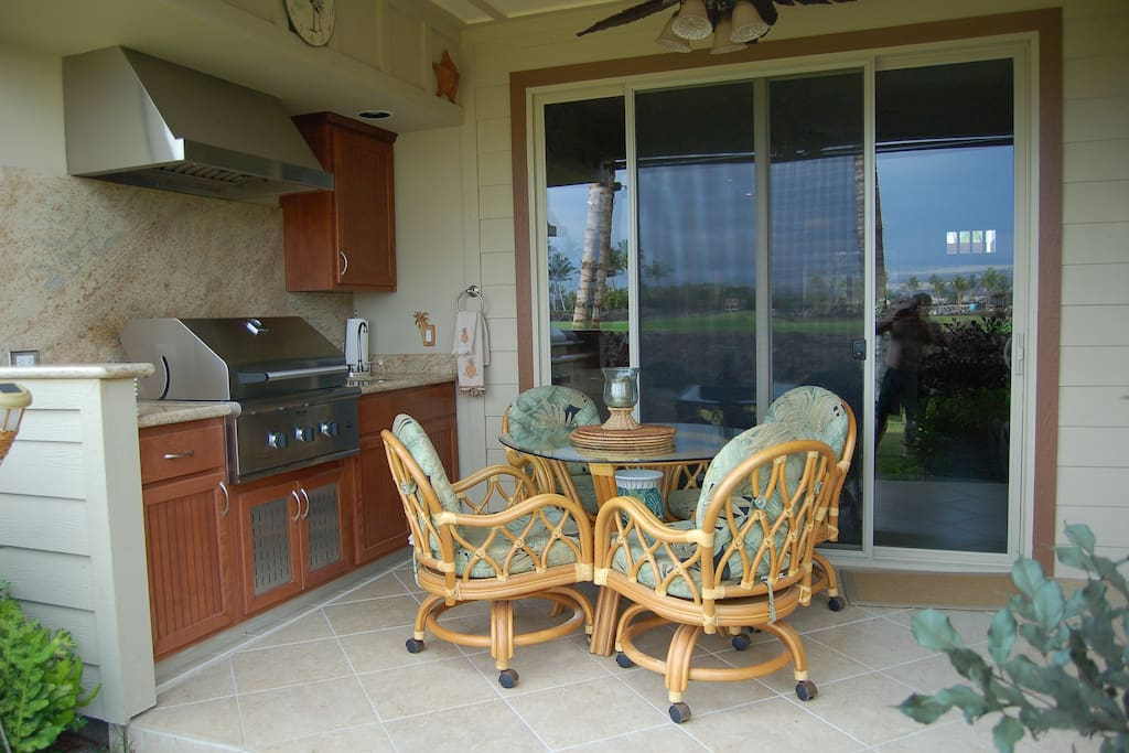 Outdoor kitchen , sheltered and private dining/lanai area