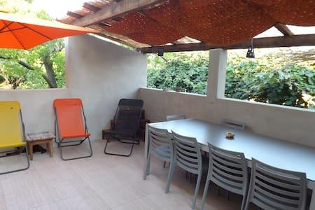 Maison 80 m2 avec jardin - Castellare-di-Casinca