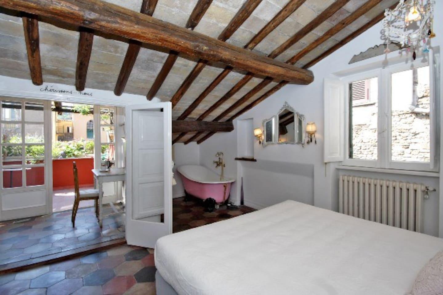 Romantic apartment in Trastevere