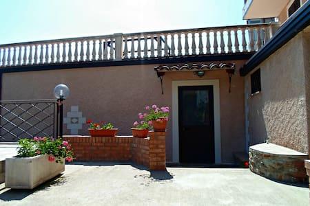 Accogliente casa vacanza a Gizzeria - Haus