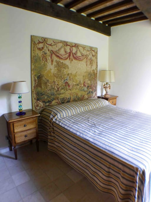 parent bedroom with french bed 140 cm