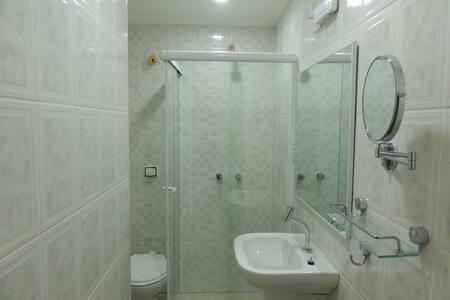Flat no Centro - Cond. Ajuricaba - Manaus - Apartamento