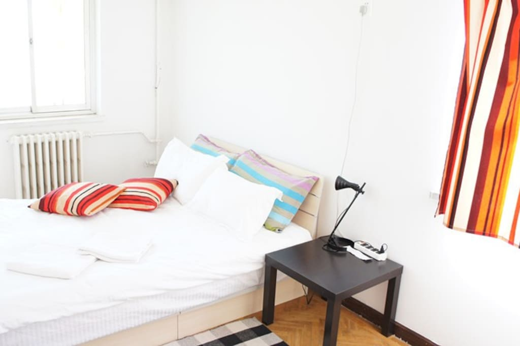 Spacious room in central Beijing