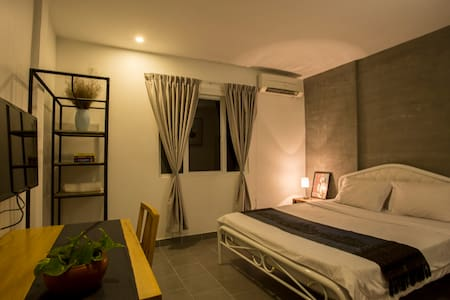 affordable and luxury place to stay - Phnom Penh - Bed & Breakfast