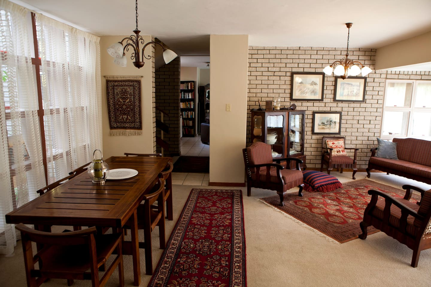 Living and dining room area
