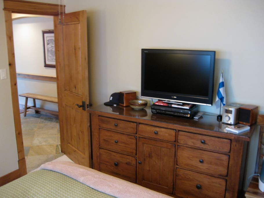 Bedroom HDTV and chest-of-drawers