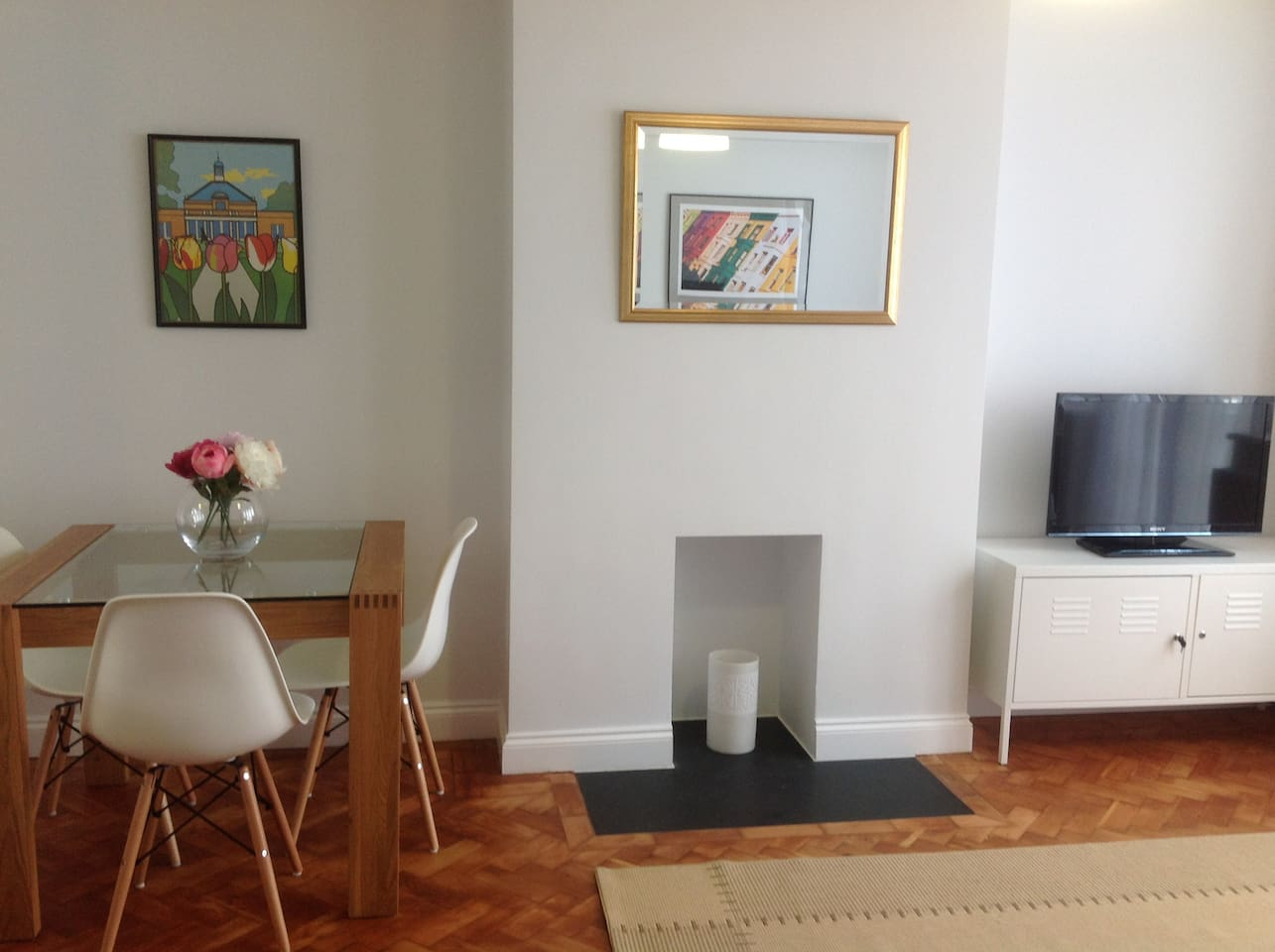 1 bedroom flat in West Wimbledon