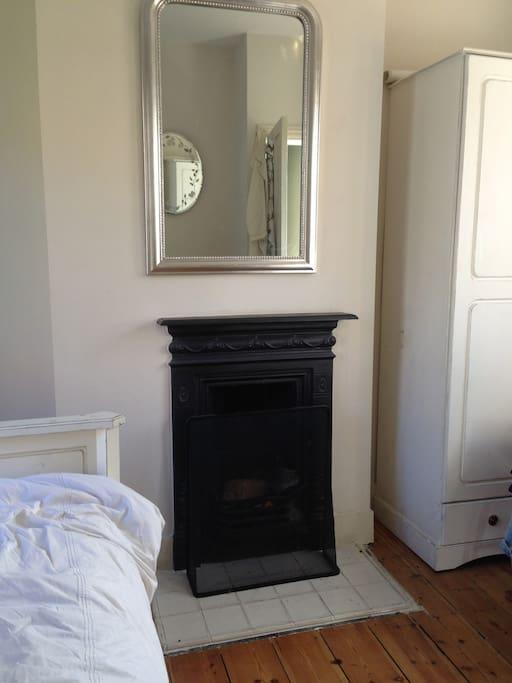 Working fireplace in bedroom