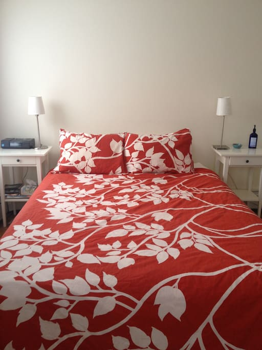 Main bedroom with high-end mattress