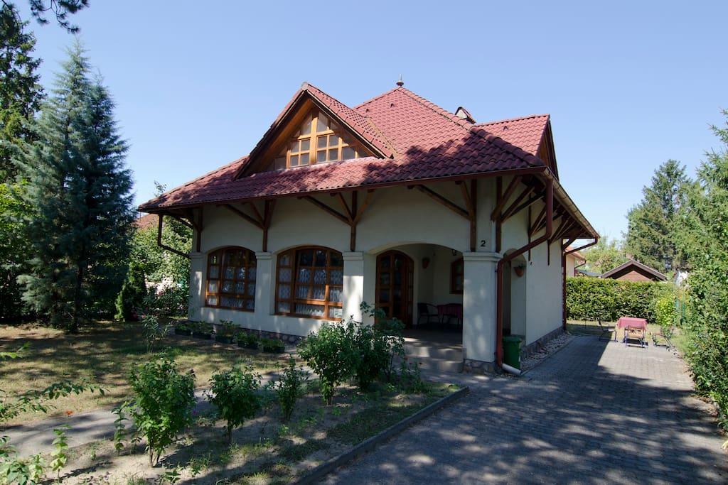 Villa 150m from Balaton, for 4-8ppl