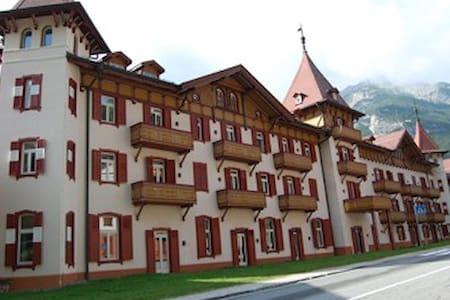 Exclusive Accomodation Cortina - Apartment