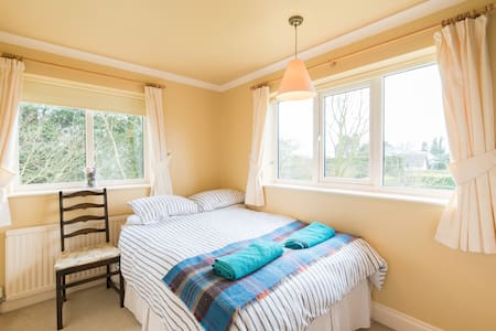 Double Bedroom 3 at Hill House - Witcham - Hus