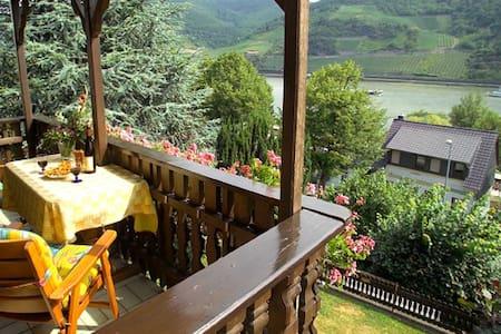 Ferienwohnung im Mittelrheintal - Trechtingshausen