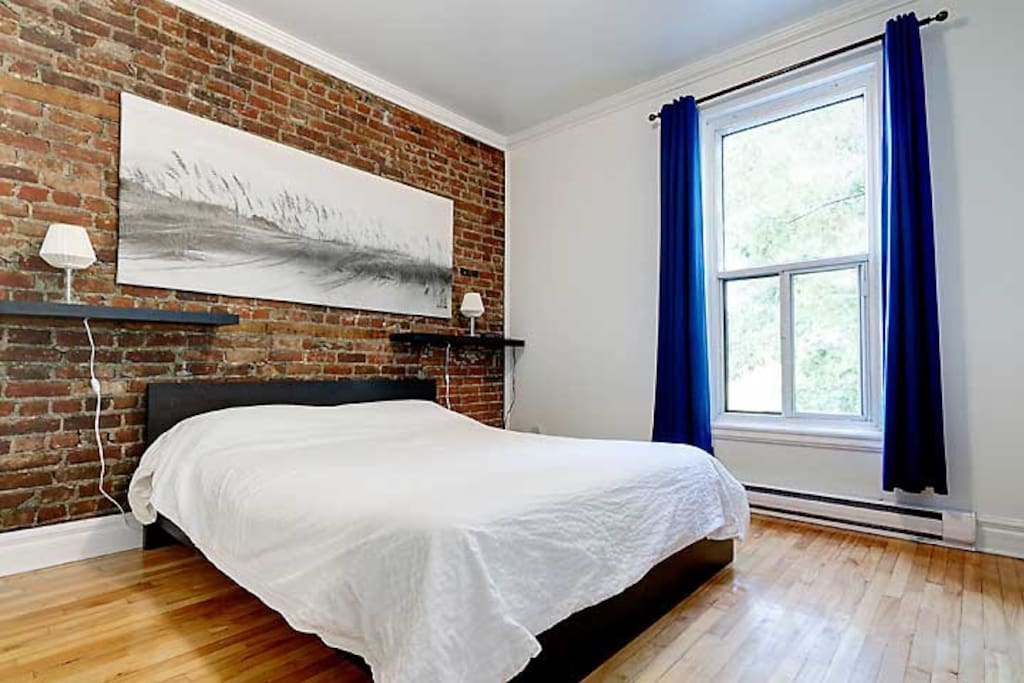 3 bedroom in Downtown Montreal