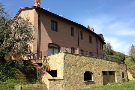 Casa La Gemma in Tuscany - San Miniato - House