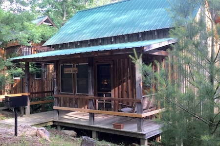 Get away cabin in Cherokee Forest - Beavers Lodge - Blockhütte