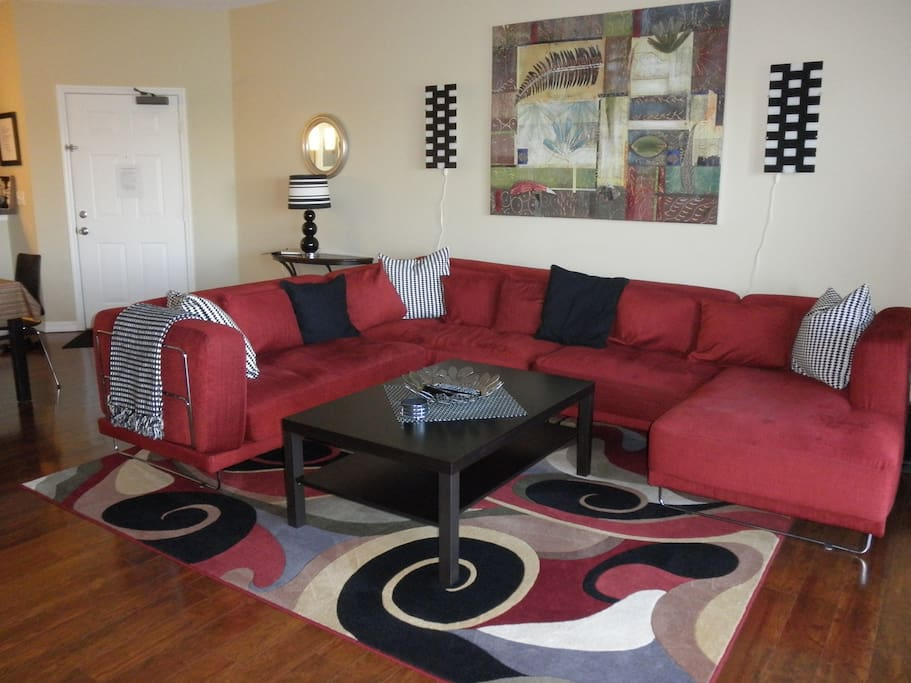 Large living room with couch space for everyone