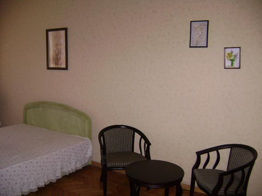 2 bedrooms flat in the center Rosi