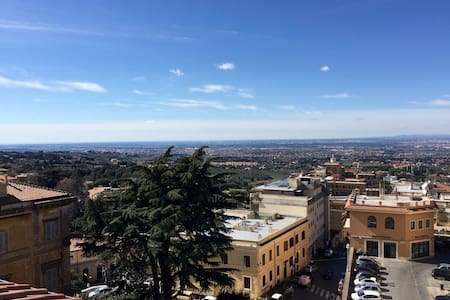 Luxury Penthouse with fantastic view of Rome - Frascati - Appartement