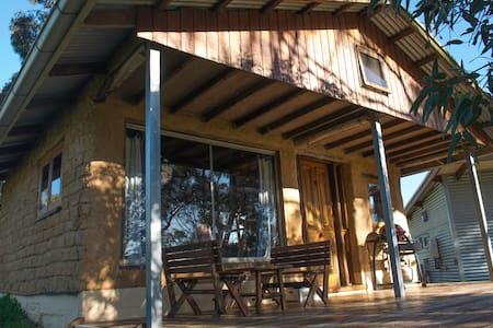 Bimbimbie Hideaway - Coromandel East - Cabin