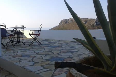 House with wonderful view in Chora, Kythera - Ev