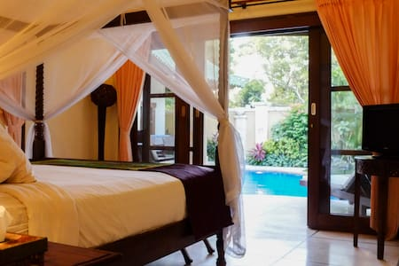 Luxury 3 bedroom villa in sanur - South Denpasar - Villa