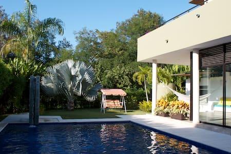 Se Arrienda Casa en Lagos del Peñón - Girardot - Cabin